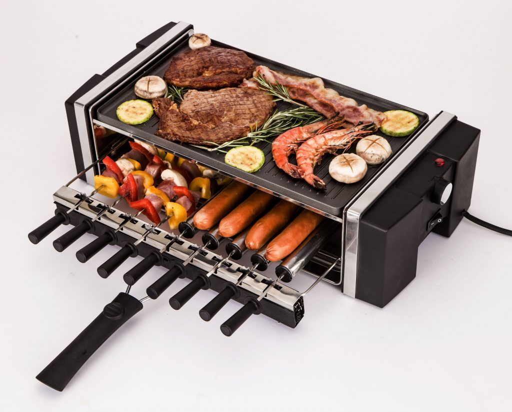 Barbecue da tavola con spiedini autorotanti € 149