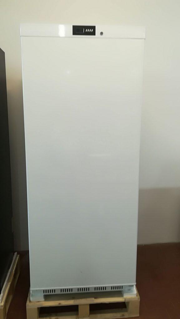 Armadio statico bianco € 597
